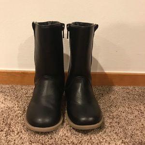Toddler girls riding boots